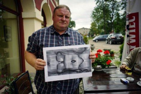 Piotr Koper twierdzi, że w poszukiwanie złotego pociągu zainwestował 65 tys. zł