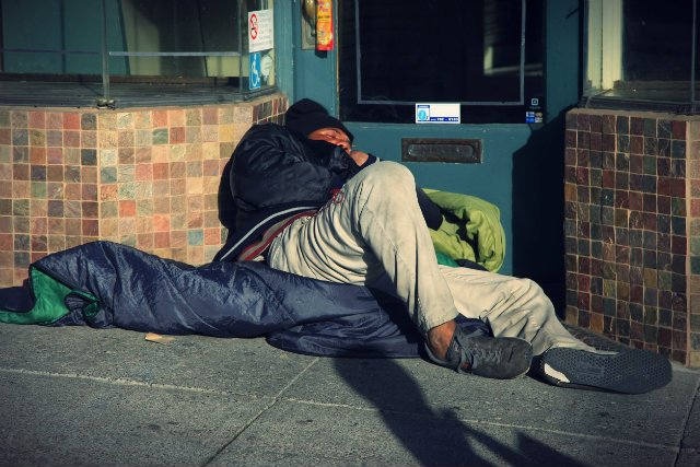 Na ulicach San Francisco życie 7 tys. bezdomnych