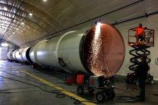Zapowiadano, że Hyperloop One będzie się rozpędzał do 1200 km/h. Na testach osiągnięto tylko 120 km/h