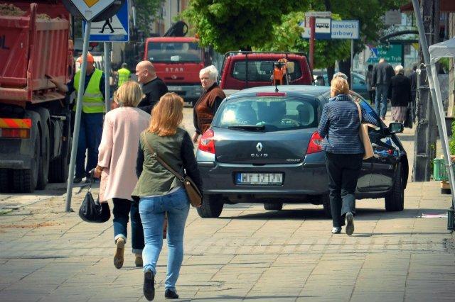 """Prawie 70 proc. kierowców, którzy poruszają się po drogach bez ważnego OC jest wykrywana bez udziału """"drogówki"""""""