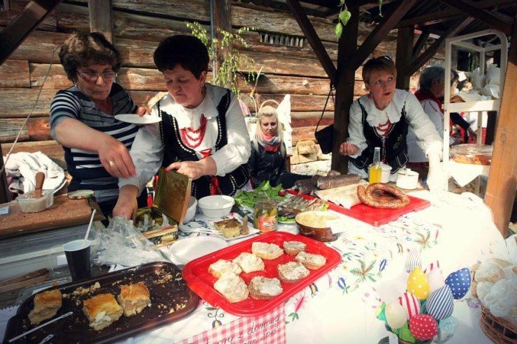 Wieś sielska-anielska? Poziom zadowolenia z życia mieszkańców wsi wyrasta ponad krajową średnią.