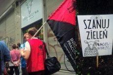 Bunt pracowników Krowarzyw przy ul. Hożej w Warszawie