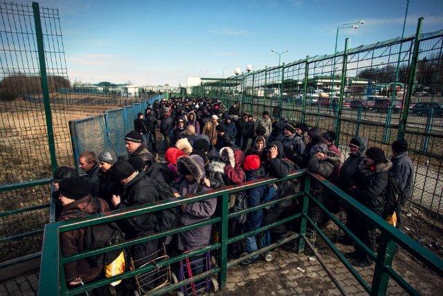 Przejście graniczne w Medyce to nie przelewki. Od zrobienia zdjęcia w 2012 roku nieco się na szczęście jednak zmieniło