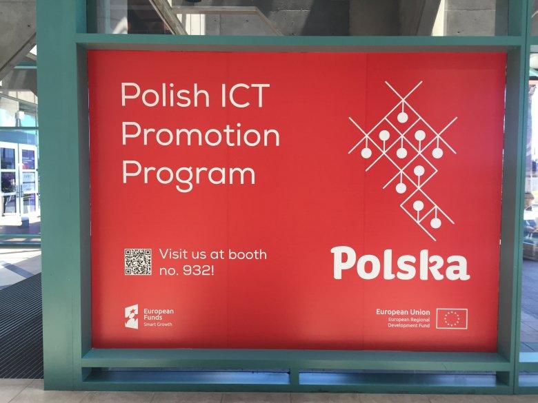 Targi IoT World w Santa Clara. Baner reklamujący polskie stoisko na Targach.