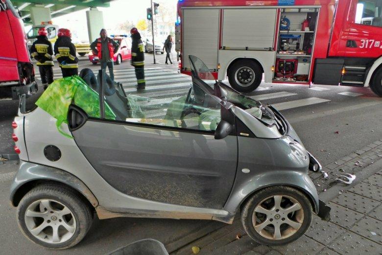 Wypadek samochodowy w Warszawie.