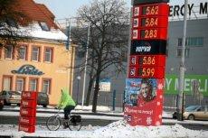Na zdjęciu stacja Orlen w Gdańsku, 2012 rok. Tylko pozornie nie ma to nic wspólnego z Zakopanem - tak wysokie ceny paliw, jak dziś w zimowej stolicy Polski, ostatni raz były w naszym kraju 5 lat temu - gdy ropa na świecie była wyjątkowo droga