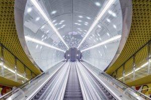 Przedsiębiorstwo LUG S.A. zrealizowało również oświetlenie II linii metra w Warszawie.