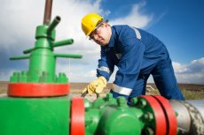 PGNiG jest gotowe pozwać Komisję Europejską za ustępstwa wobec Gazpromu.