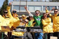 Ekipa SnowMotion i SummerMotion integruje ludzi poprzez imprezy w topowych ośrodkach i wspólne uprawianie sportów rekreacyjnych. Współtwórcą firmy jest Marek Kotiuszko (na zdjęciu: trzeci od prawej)