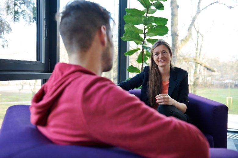 – Wymiana talentów i doświadczeń pomaga w tworzeniu innowacji – tłumaczy mi prezes Fundacji Startup Poland opisując różnego rodzaju programy wizowe dla startupowców.