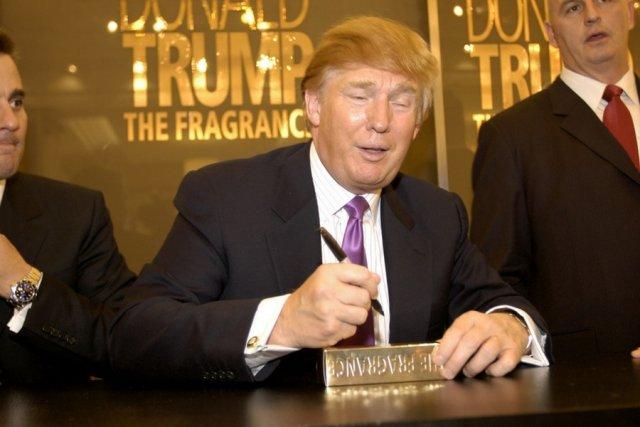 Chętni do posłuchania wykładu Donalda Trumpa potrafili wysupłać nawet po 10 tysięcy dolarów za możliwość uściśnięcia jego ręki.