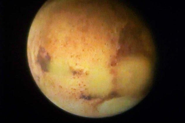 Polacy wyprodukowali kamerę, za pośrednictwem której naukowcy mogą poszukiwać życia na Czerwonej Planecie.