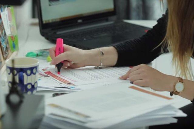 Startup Zeccer umożliwia studentom w całej Polsce za darmo drukować notatki. A i tak na tym zarabia.